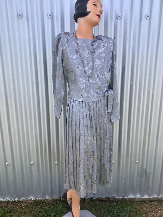 1970s Vintage Metallic Silver Evening Dress
