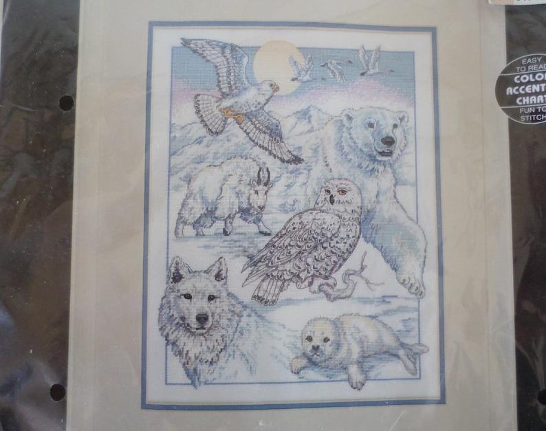 Dimensions  North American Beauties animal embroidery needlecraft kit Vintage cross stitch kit