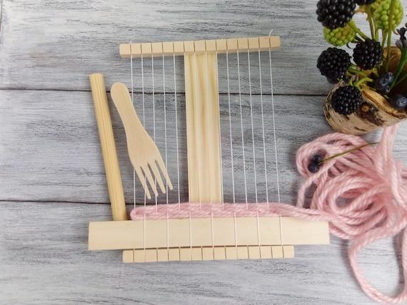 0ba2697351 Travel Weaving Loom Kit for Beginners Small Tapestry Loom