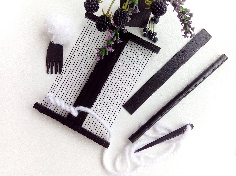 Small Weaving Loom Kit Travel Loom Tools For Beginners Etsy