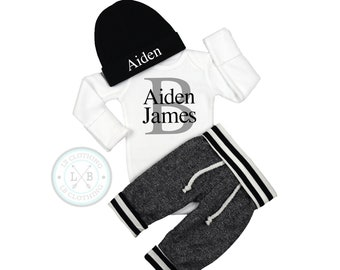 BABY BOY Coming Home OutfitBaby BoyPersonalizedBaby Shower GiftBaby Boy GiftBaby Boy ClothesNew Mom GiftExpecting Mom Gift