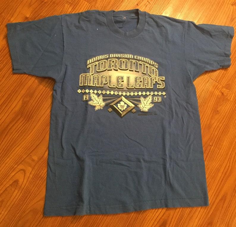 big sale 867ba bbabb Vintage 90s Toronto Maple Leafs T Shirt