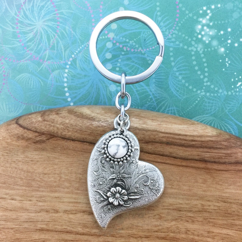 Australian Keychain Australian Made Pewter Gift Heart and Flowers Keychain with White Howlite Charm Gift for her