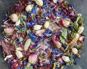 Himalayan salt mix with herbs and flowers Sachet love Bath with Wicca plants 75g