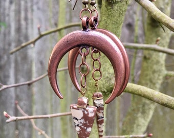 Crescent Moon Earrings with Arrowhead