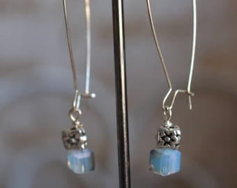 crystal cube earring with elliptical shape