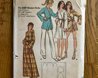 bfc6c4757c Blanket Robe Sewing Pattern   70s Vintage Easy Women s Wrap Robe   Size  Small (8-10)   Butterick 6125