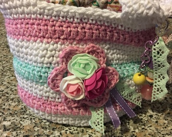 Crochet bag and flowers