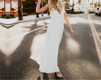 6ddd61fd0c2 White Boho Dress Strapless Patchwork Long Bohemian Dress V-Neck Sleeveless  Spaghetti Backless Summer Dress A-Line White Lace Dresses