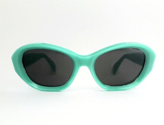 Original vintage 50s womens sunglasses not used