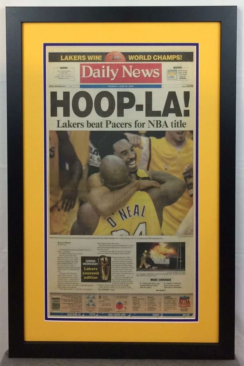 Los Angeles Lakers - Kobe Bryant / Shaq - 2000 NBA Champions - Los Angeles  Daily News - Double Matted & Framed - (Official Team Colors)