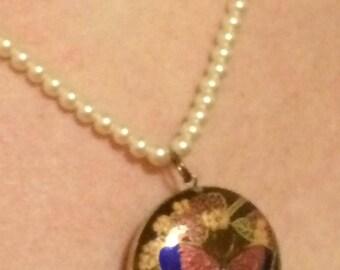 Vintage natural pearl necklace with cloisonné pendant