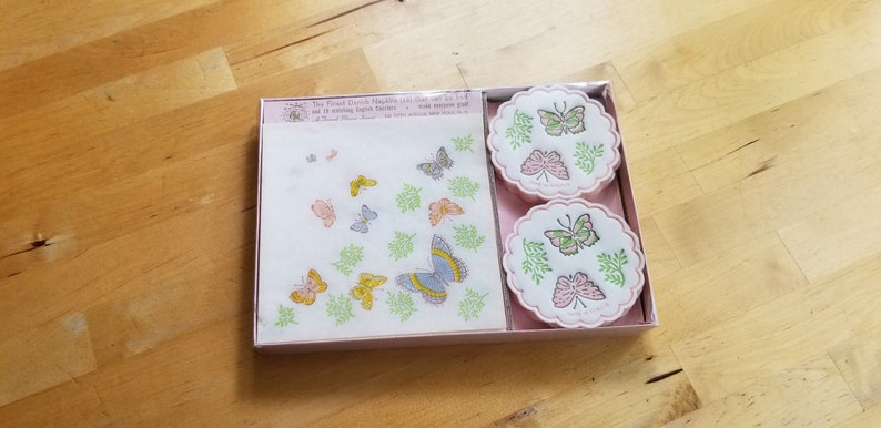 Tea Party Napkins 60s 1960s Seventies Vintage Freund Mayer Butterfly Napkins and Coaster Vintage Party Goods Retro