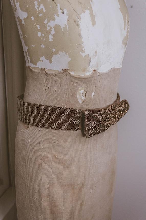 1940's Beautiful Beaded Bow Belt - image 8