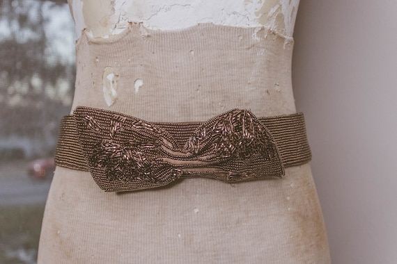 1940's Beautiful Beaded Bow Belt