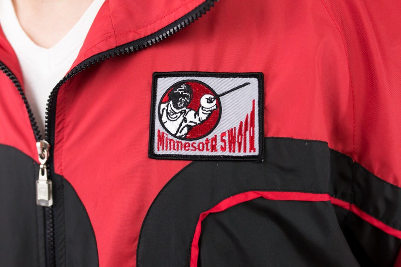 Vintage 90s Minnesota Sword Fencing Team Windbreaker Jacket Size M