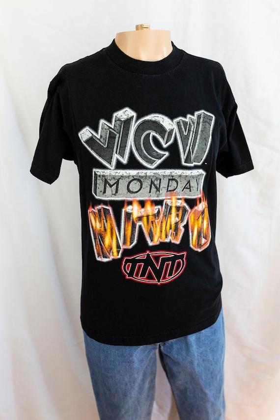 Vintage 90s WCW Monday Nitro on TNT US Tour T-Shir