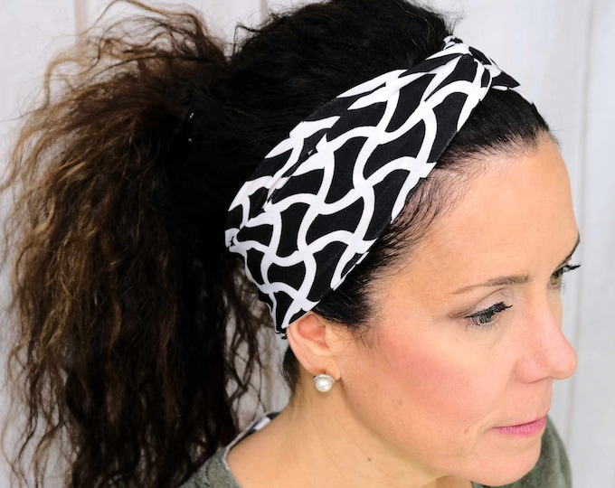 Black and White Headband / Twisted Turban / One Size Fits Most / Busy Bee Headbands