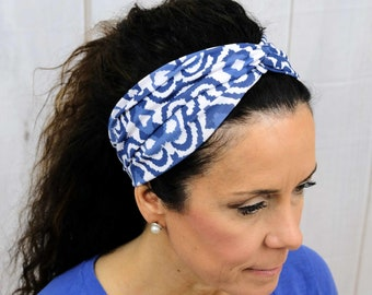 Blue French Toile Print Headband / Twisted Turban / One Size Fits Most / Busy Bee Headbands