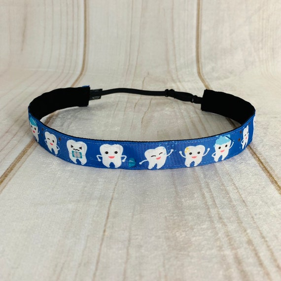 "Adjustable Nonslip Headband 7/8"" HAPPY TEETH Fits Ages 2 Yrs to Adult for Dentist Orthodontist Hygienist by Busy Bee Headbands"