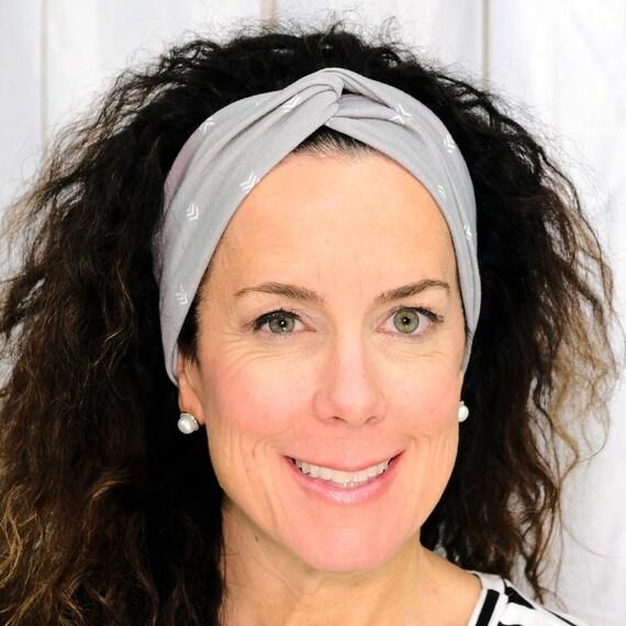GRAY CHEVRON Headband / Twisted Turban Headband / Top Knot Headband / Wide Headband / Yoga Headband / Boho Style Headband Busy Bee Headbands