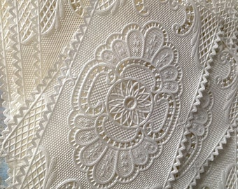 1950s-Made In France! Ten Vintage Paper Lace Doilies, White Papers Lace, Used By Pastry shops-confectioners, French Bourgeoisie, Paper doily