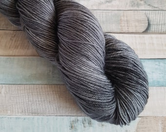 "Hand Dyed, Superwash, Merino Nylon, Sock Yarn, 100g, ""Cumulonimbus"", yarn, knitting, crochet, grey, black, charcoal"