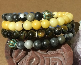 Tigers Eye and Aventurine with Black Network Memory Wire Bracelet