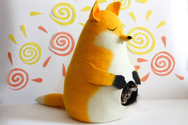 Cat bed cat cave cat house felted yellow Fox Christmas gift image 0
