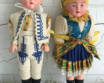 52f5338e5 A Pair of Vintage Dolls inTraditional Eastern European Folk Dress