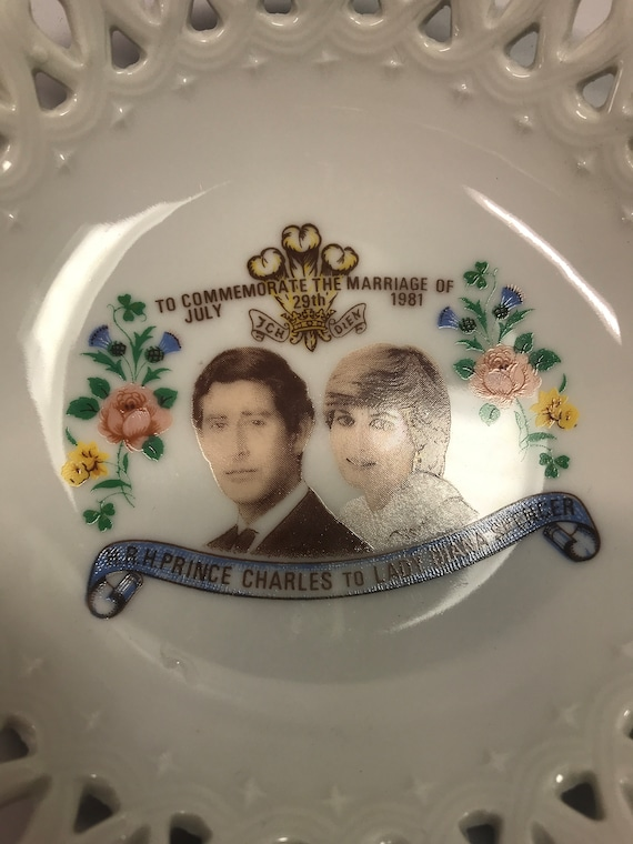 Prince Charles and Lady Diana Spencer Reticulated… - image 2