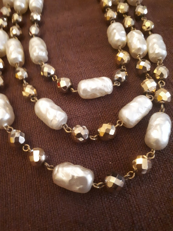 3-row vintage 50s necklace in 50s and 60s TBE