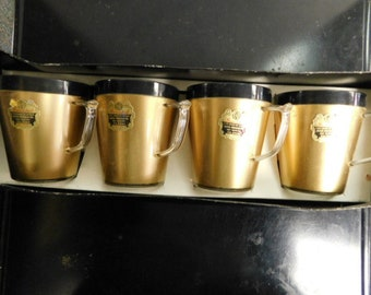 Set of Four Neat Vintage Insulated 10oz. Cups - So Retro!
