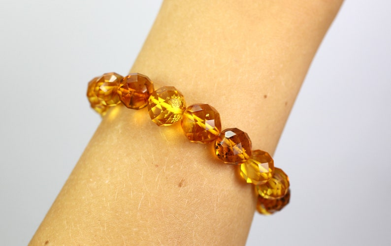 Amber Jewelry Genuine natural Baltic Amber Adult  Bracelet perfect round FACETED beads Amber Gift 11,59 grams Handmade clear color
