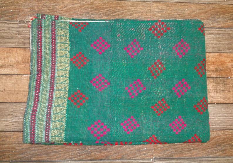 Indian Kantha Quilt Handmade Vintage Fine Kantha Quilt Reversible Blanket Twin Ralli Floral Cotton Kantha Bedcover Old Gudari Cotton Throw
