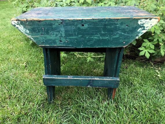 Groovy Handmade Primitive Wood Bench With Amazing Character Chippy Green Paint Rustic Patina Foot Stool Mini Garden Seat Inzonedesignstudio Interior Chair Design Inzonedesignstudiocom