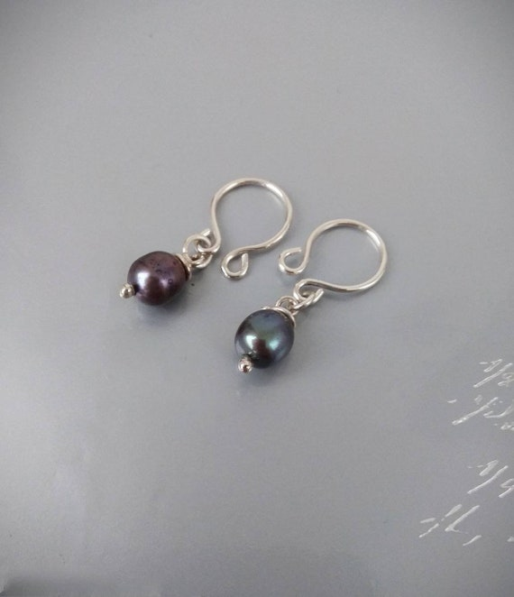 Non Piercing Nipple Rings with gray freshwater pearls in sterling silver