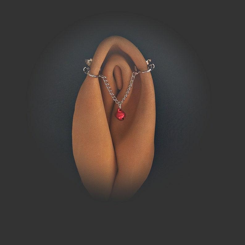 Fetish clitoral jewelry non piercing