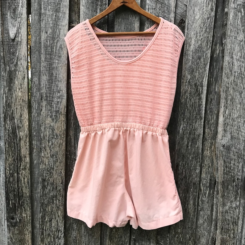 ribbons pockets so cute! 80/'s RAD peach romper with mesh overlay