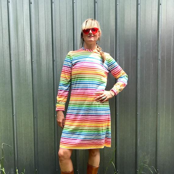 Vtg SUPER RARE 50's/60's/70's rainbow dress UNION