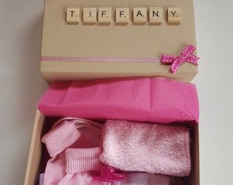 * Baby Girl/'s Pink Socks Wash Cloth /& Dummy Gift Box *