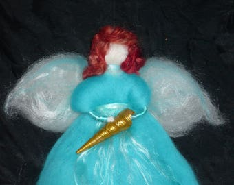 "Filzfee ""Richesse"" with turquoise dress and cornucopia"