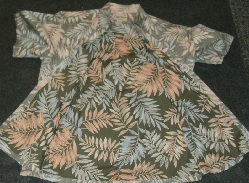 Cook Street Mens Inside Out Hawaiian Shirt flipped over Casual Magnum PI Aloha Leafy Theme Size Large Vacation Liesure Beach Wear