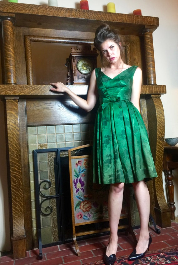 Green Not Mean 50's dress