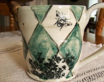 Wheelthrown Stoneware Pottery Coffee Mug Vintage Farmhouse Decor Vintage Bee Pottery Mug White Mug Wheel Thrown Coffee Mug Cabin Decor