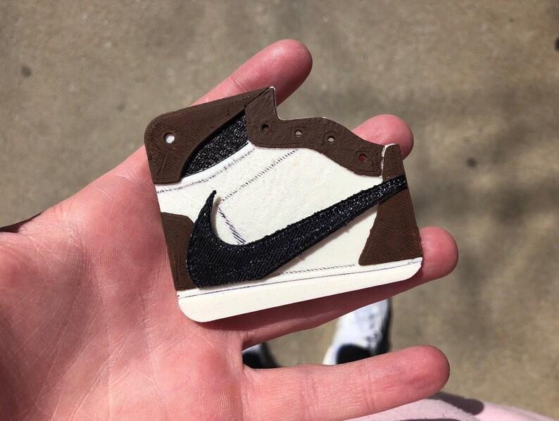 new concept 81b1a 10f1d 3D Printed Travis Scott x Air Jordan 1 Keychain