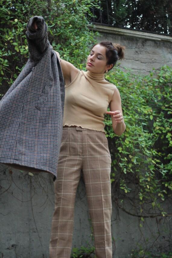 Vintage 90s beige sleeveless turtleneck Minimalist