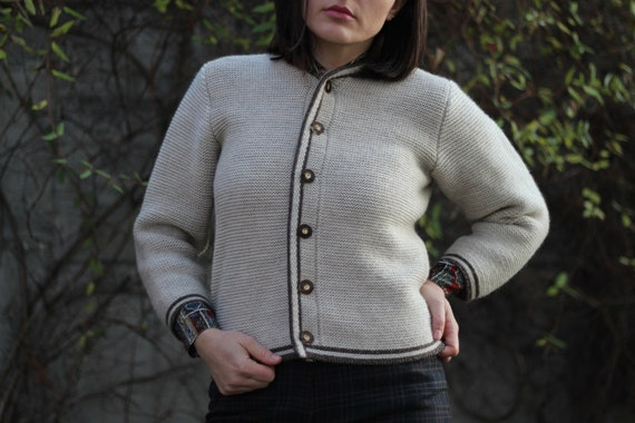 Vintage women traditional Austrian wool cardigan,… - image 8