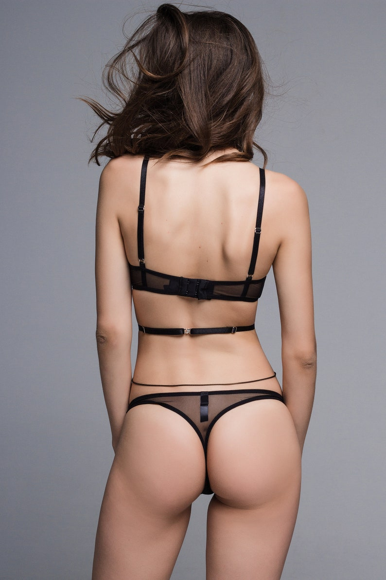 Black Net Floral Lace Pattern Sexy Sheer Bra Panty Lingerie Set Lingerie