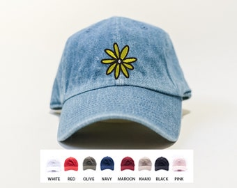 Daisy Flower Dad Hat / Personalized Gifts / Gifts for Men / Gifts for Women / Funny Gift Ideas /  READY TO SHIP